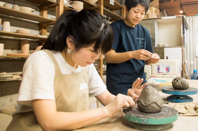 東京 ・ 国立 ・ 手びねり陶芸体験(1.5時間)