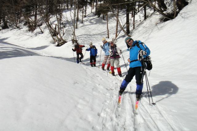 【鳥取・クロスカントリースキー・3時間】冬だって外遊びがしたい!ネイチャースキートレッキング
