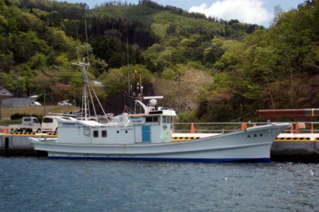 【岩手・大船渡・漁船】早朝の大海原へ!漁船に乗って中深海釣りツアー
