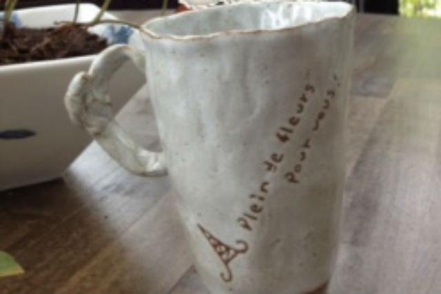 【山梨・山中湖・陶芸体験】ビギナー歓迎!土に親しみ、器づくりを自由に楽しもう