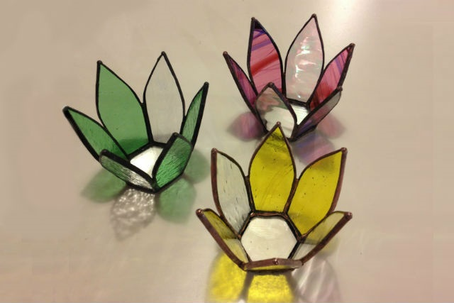 【山梨・山中湖・ガラス細工】季節に合わせたデザインをご用意!ステンドグラス体験