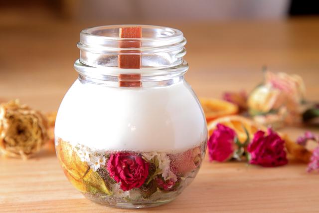 【福岡・天神・キャンドル】好きなお花やアロマの香りを閉じ込めるアロマ&ボタニカルキャンドル作り