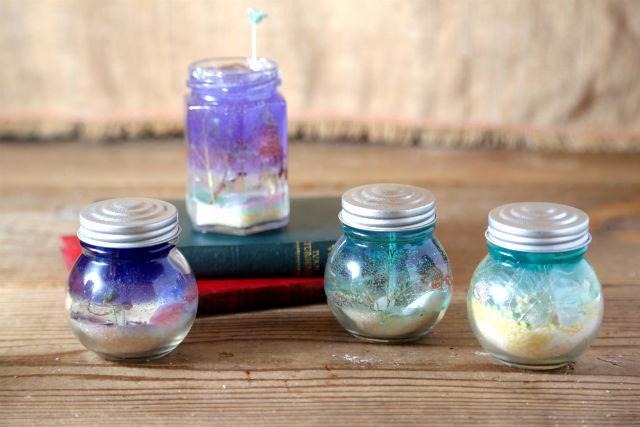 【福岡・天神・キャンドル】貝殻、ドライフラワー、自分好みのカラーで海と砂浜をイメージ!海のキャンドル作り
