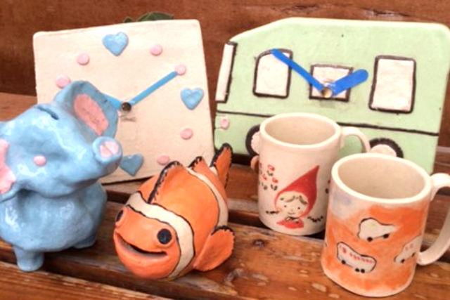 【埼玉・所沢・陶芸体験】夏休みの自由研究に、時計や貯金箱を作ろう!リピーター多数の「子ども陶芸」