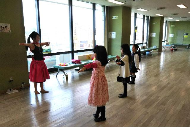 【週末の親子レッスン】横浜市・フラダンス(100分)・土曜日月1回開催