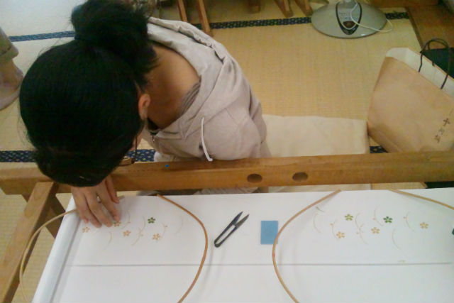 【名古屋・伝統文化体験】着付け姿がワンランクUP!日本刺繍で着物を彩ろう!