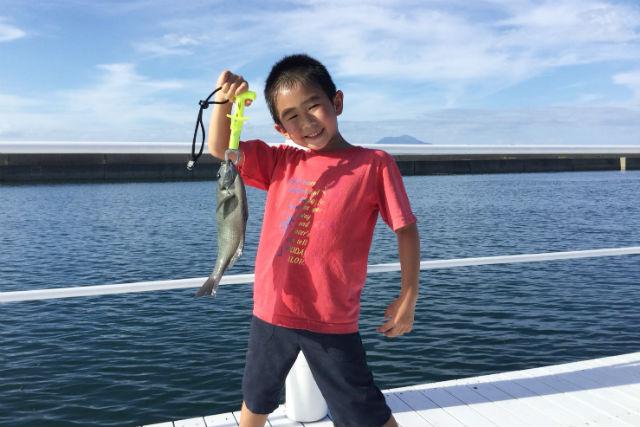 【熊本・天草・海釣り】家族と想い出を作ろう!海上釣り堀で釣り体験(釣った魚は全てリリース)