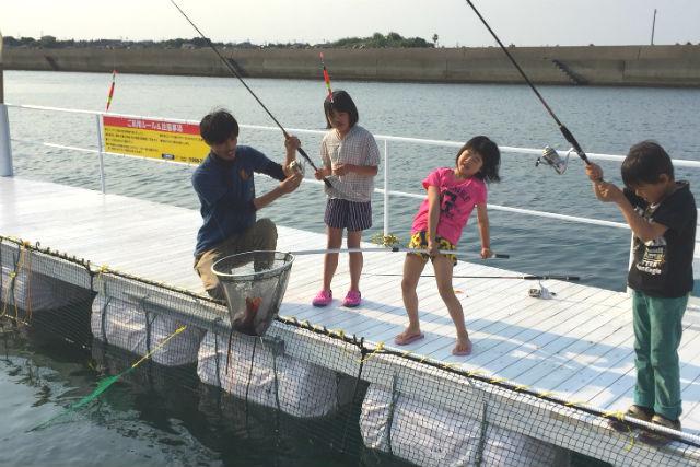 【熊本・天草・海釣り】何匹持って帰れるか楽しみ!海上釣り堀で釣り体験(全てお持ち帰りOK!)