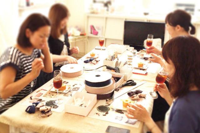 【仙台・アクセサリー手作り体験】自由に楽しむフリースタイル。自分だけのリボン作り