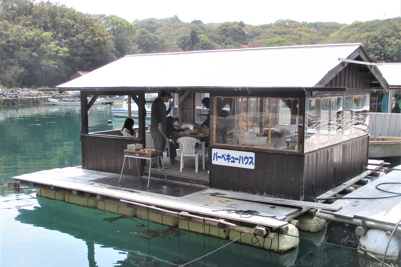 【三重・志摩・バーベキュー】海から揚げて、すぐに食べられる!海上屋形バーベキュー