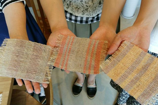 【鹿児島・指宿・機織り体験】体に優しいランチ付き!絹糸のコースターを手織りしよう