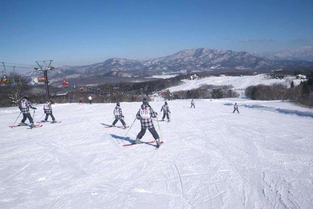 【長野・信濃町・スキースクール】はじめてのスキーから中級者まで!半日レッスン