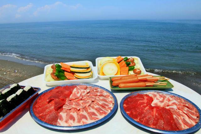 【三重・伊勢・バーベキュー】リーズナブルに!海鮮3点+牛肉+季節の野菜のバリューセット