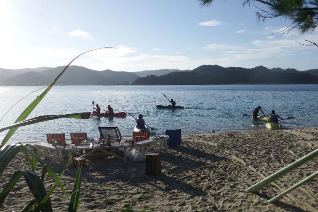 【奄美大島・シーカヤック】ウミガメが泳ぐ海へ繰りだそう!楽園シーカヤックスクール&ツアー