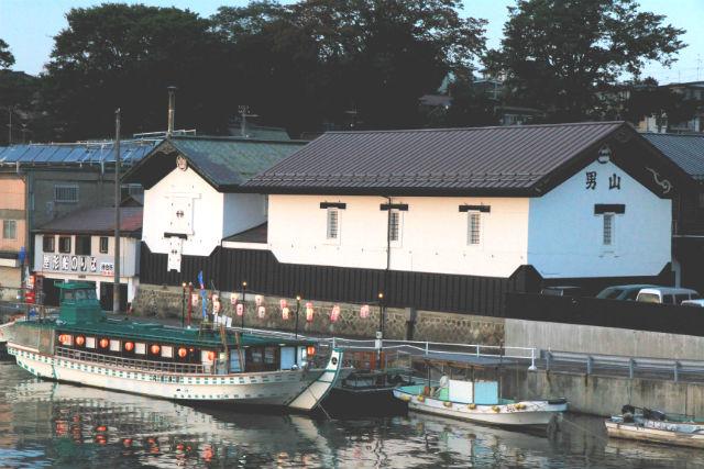 【青森・八戸・屋形船】八戸湾の工場夜景に感動!松花堂弁当&お茶コース(梅プラン)