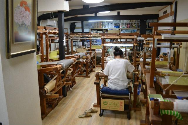 【京都・伝統文化体験】京都の伝統工芸・つづれ織の歴史を探ろう!綴織・工房見学