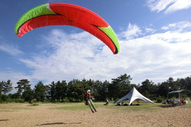 【滋賀・琵琶湖・パラグライダー】3時間×3日間でパラグライダーに本格チャレンジ!