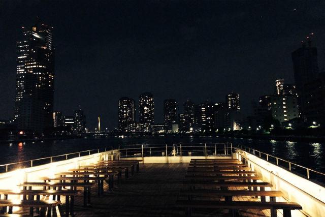【東京or横浜発・貸切クルージング】非日常の世界へ!カジュアルプラン(40名以上)
