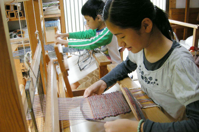 【大分・機織り】お子様や初心者も簡単チャレンジ!「裂織」コースター作り