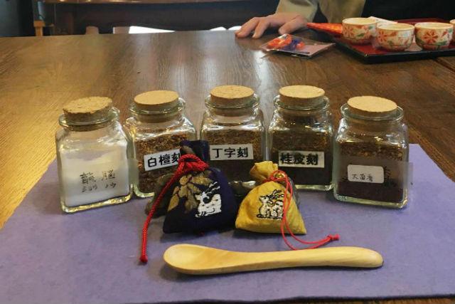 【奈良・手作り雑貨】「ならまち」の記念にぴったり!風情ある古民家で、におい袋を作ろう!