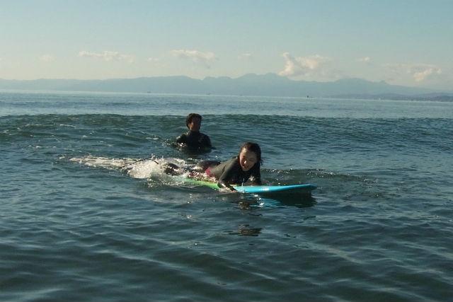 【神奈川・藤沢・サーフィン】初級者から上級者までおまかせ!プライベートレッスン(貸切・団体割引有り)