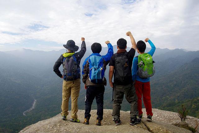 【鹿児島・屋久島・トレッキング】「苔むす森」へ!白谷雲水峡~太鼓岩トレッキングツアー