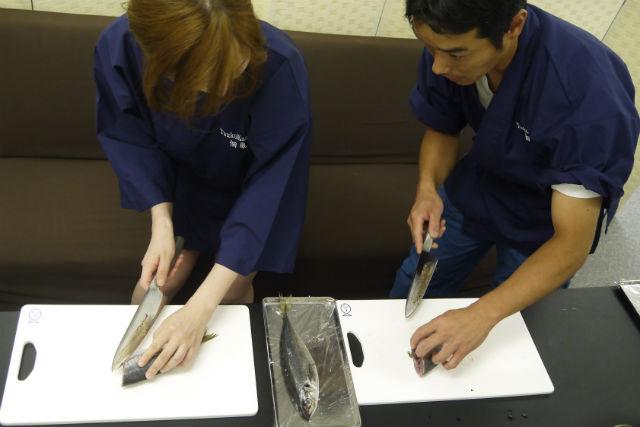 【東京・銀座・料理体験】現役築地仲買から学ぶ、魚のさばき方教室
