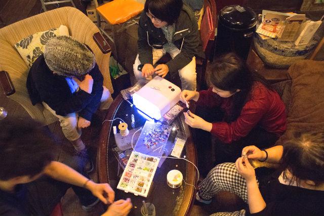 【愛知・名古屋・手作り雑貨】自分の世界を小瓶に詰めよう!レジンアクセサリー制作体験