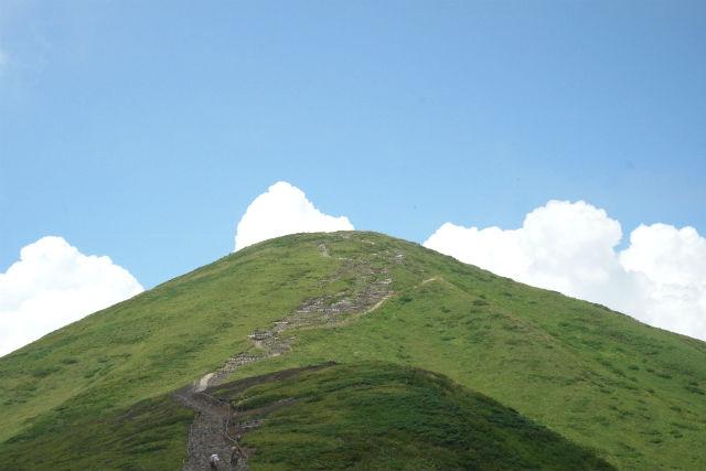 【秋田・トレッキング・1日】花の百名山の「秋田駒ケ岳」へ!山頂からは田沢湖も一望!