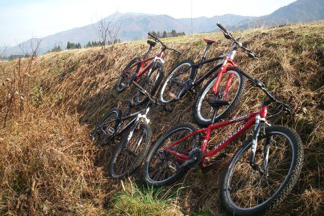 【秋田・マウンテンバイク】田沢湖の景色を眺め、風を感じるひと時!オフロード・MTBツアー