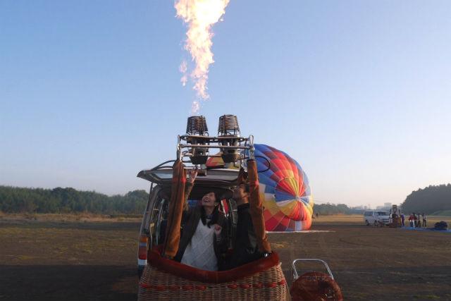 【埼玉・熱気球クルー体験】見て、さわって、驚いて!気球の迫力を間近で感じよう!