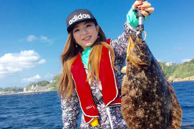 【千葉・勝浦・釣り(初心者)体験】ヒラメや真鯛を釣り上げよう!クルーザーで行く釣りプラン