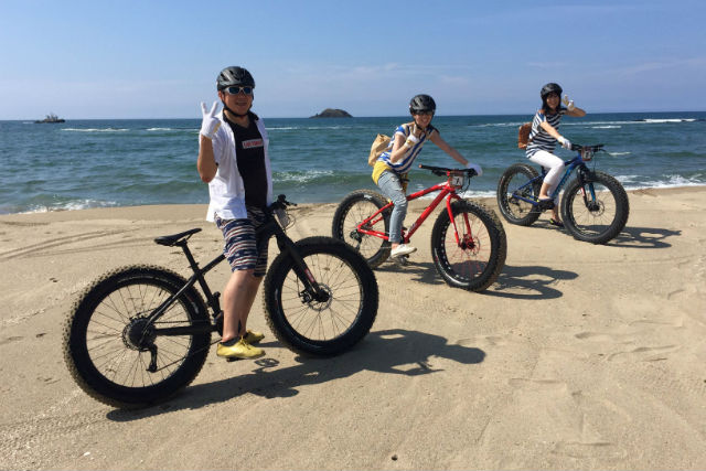 【鳥取・マウンテンバイク】ファットバイクを満喫!鳥取砂丘・山道・ビーチを行く絶景ツアーの写真