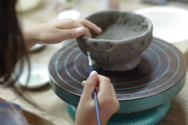 【岡山・陶芸体験】湯郷温泉街で陶芸!手びねり体験