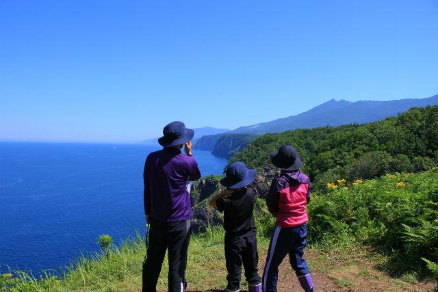 【北海道・知床・トレッキング】知床岬を一望できる!知床岬眺望コース