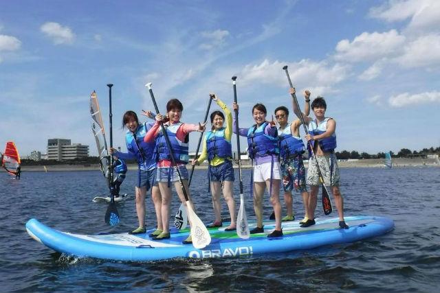 【千葉市・SUP】BIG SUPで一致団結!グループ・ファミリーで海上を走ろう!