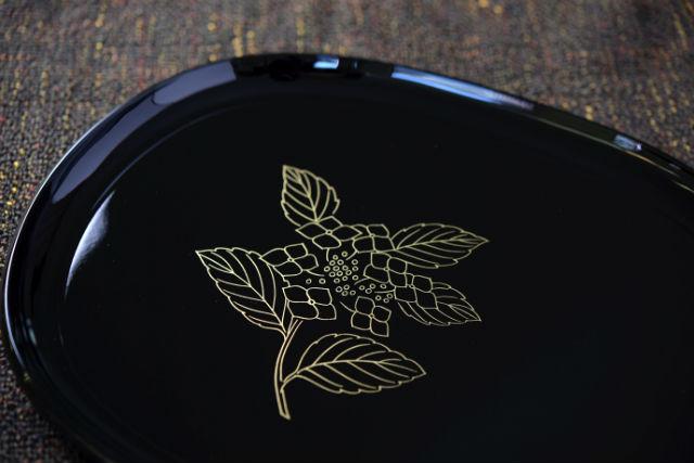 【和歌山・海南市・伝統工芸体験】お客様のおもてなしに!漆器蒔絵体験(小判盆)