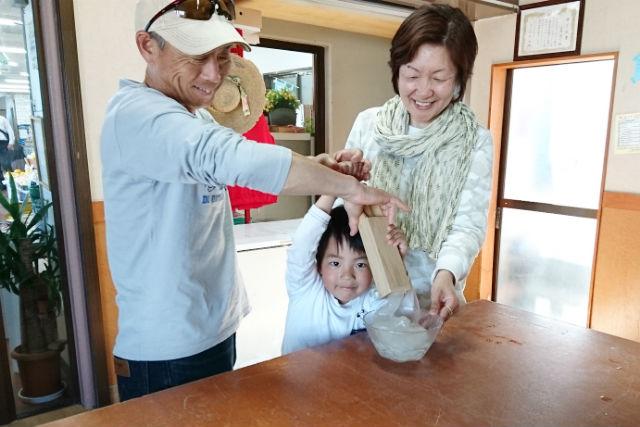 【徳島・鳴門市・料理体験】にゅる~っと押し出そう!ところてん作り