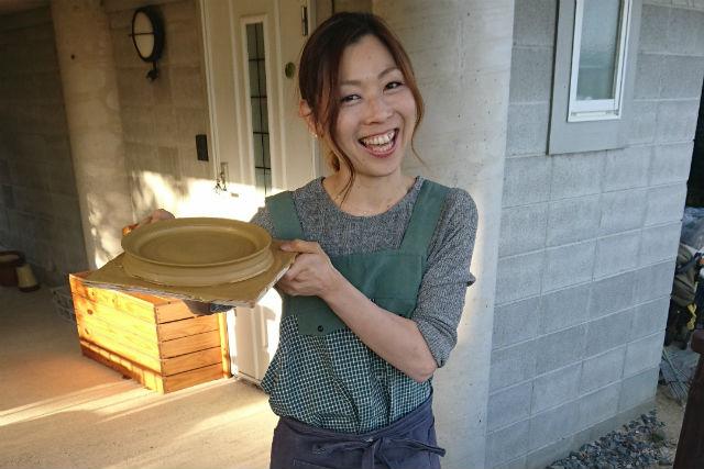 【滋賀・陶芸体験】気分リフレッシュ!小川のせせらぎを聴きながらろくろ体験(2つ制作)