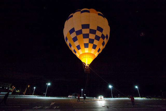 【岐阜・土岐市・熱気球】土岐プレミアムアウトレット近くの施設で、熱気球に乗ろう!(高度25m)