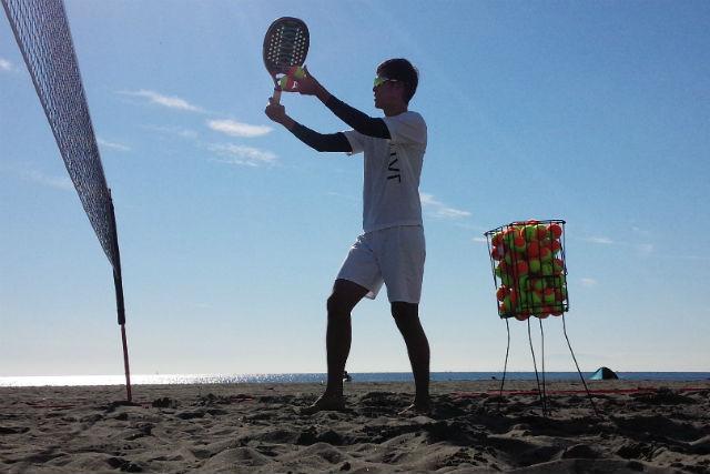 【神奈川・藤沢市・ビーチテニス】土日祝限定!砂浜で爽やかに汗を流そう!ビーチテニス体験