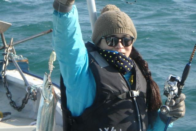【大阪市・釣り体験】ボートで行く!大阪湾のタチウオ釣り(経験者向け・道具持参)