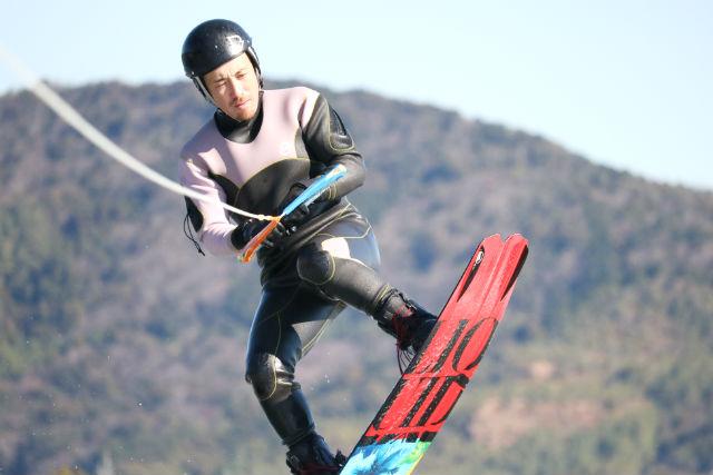 【静岡・浜名湖・ウェイクボード】経験者向け!ウェイクボード・フリートーイング