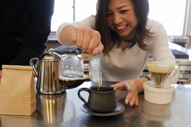 【石川・能登・料理体験】煎りたて&挽きたての味! コーヒー焙煎体験