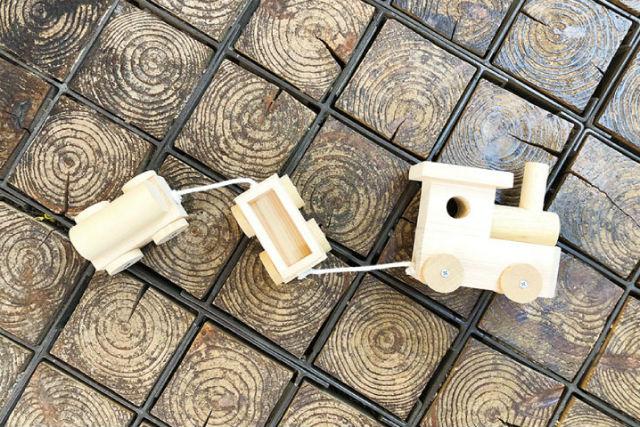 【大阪・河内長野市・木工体験・おもちゃ汽車】お子さまに大人気!木のおもちゃ汽車作り