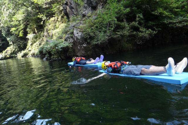 【広島・カヤック】川遊びとカヤックを満喫!かすたむツアー(1時間)