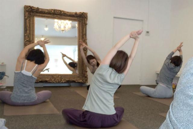 美容と健康ヨガ教室: 広島