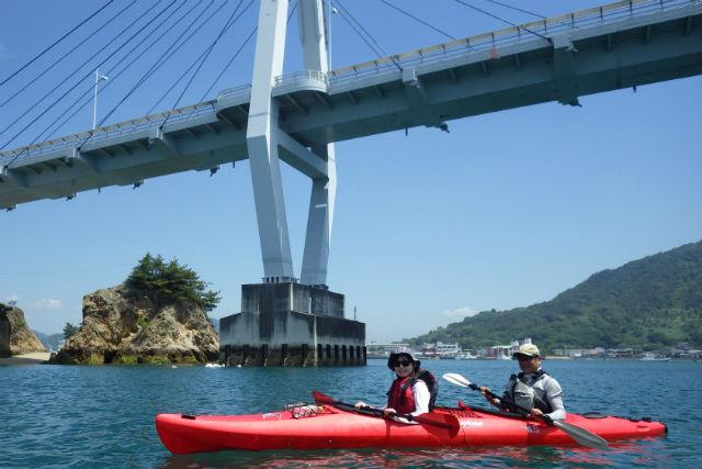 【愛媛・シーカヤック】瀬戸内海のほぼ中央で開催!経験者向けツアー(1日コース)