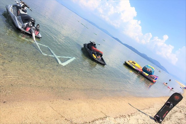 フライボード琵琶湖 白ひげビーチ店