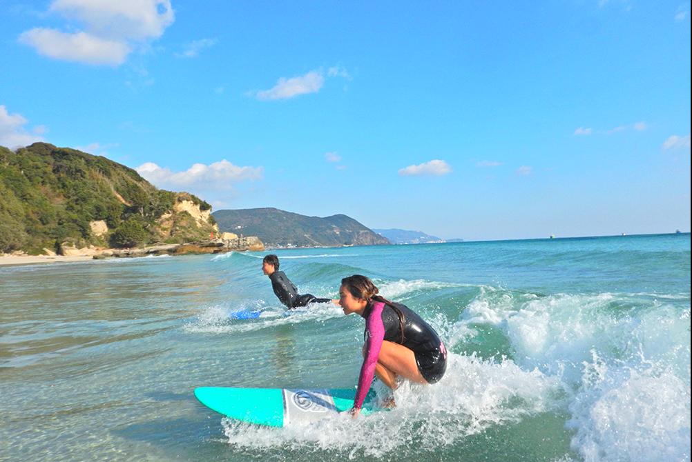 【宮崎市】青島海岸でサーフィン体験(レンタル込み・120分)